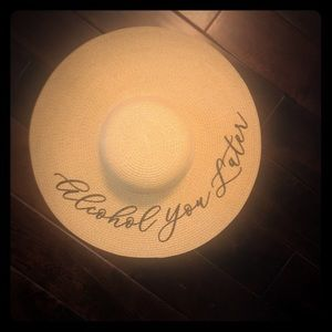Accessories - Floppy JLo style Beach Hat